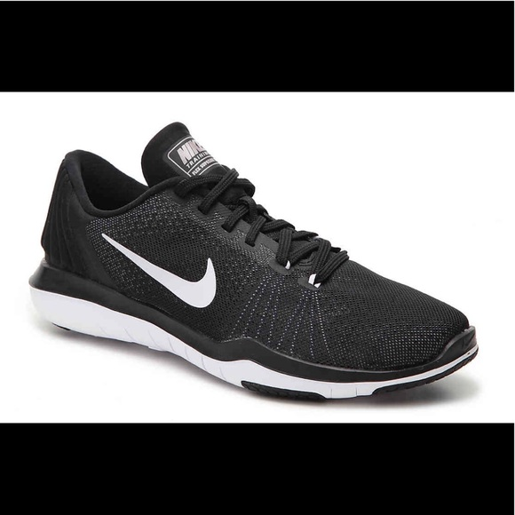 info for 24f58 0ffc7 Nike Flywire   Buy Nike Shoes   Sneakers - Bluelilyandblue.com