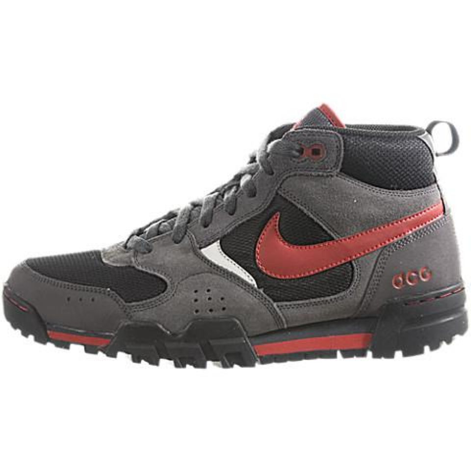 88bb44ff2 nike hiking shoes