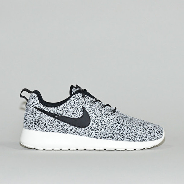 4e829223e78b5 nike roshes women